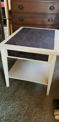 Small side table Atwater, 95301