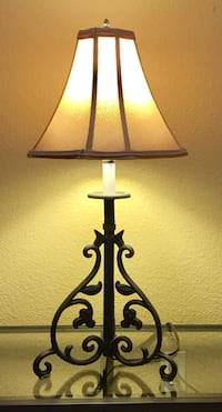 """Beautiful Heavy Black Solid Iron 28"""" tall Lamp ! Excellent Condition ! Wylie, 75098"""