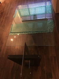 Glass coffee table and side table set $150 Coquitlam, V3B 0E8