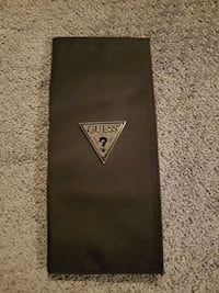Guess passport travel wallet brand new St. Catharines, L2R 6K2