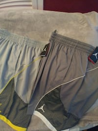 gray and black Under Armour shorts Toronto, M2R 2C4