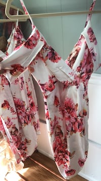white and pink floral long-sleeved dress Fairfax, 22030