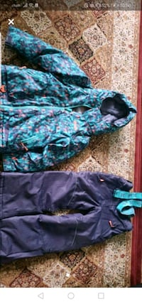 Snow suit for girls 8 years old  Toronto, M3J 2V7