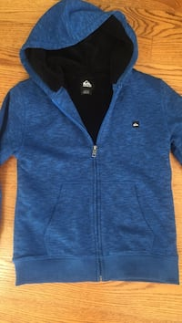 Boys Quicksilver Sherpa lined blue and black zip up hoodie Size small BRAND NEW! Sells in surf shops for $60 plus. Wall, 07719