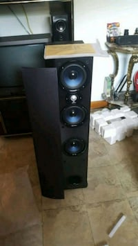 Half Price Rare Blue Polk Audio T600 Toronto, M6N 1H3