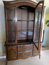 Glass Front China cabinet with interior light Sandia Park, 87047