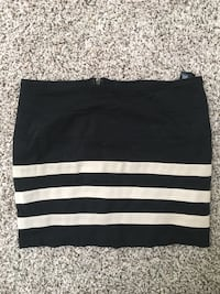 Forever 21 BodyCon Skirt 9 mi