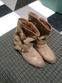 Junior boots size 8.5-9 133 mi