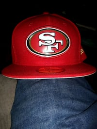 BRAND NEW San Francisco 49ers Fullback Hat Size 7 1/2 Toronto, M4Y 2P3