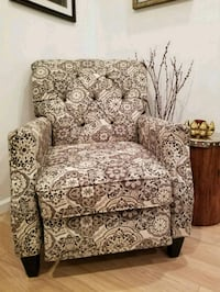 brown and white floral sofa chair recliner Ledgewood, 07852