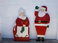 Mr. And Mrs. Santa Claus 1369 mi