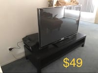 Black table tv stand like new  Los Angeles, 90029