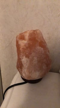 salt  rock lamp Stephens City, 22655