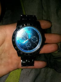 round black chronograph watch with link bracelet Tacoma, 98409