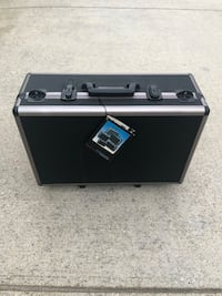 Vanguard Photo / Video Wheeled Protective Case [VGC-300W] with padded dividers and cube scored foam for customization Ventura, 93001