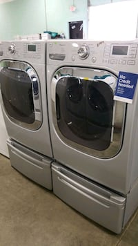 Lg natural gas set washer/dryer 27inches.  Hempstead, 11550