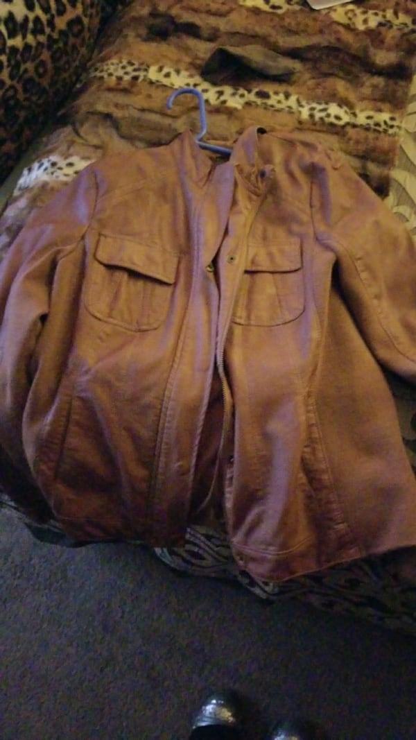 brown leather button-up jacket dcaa5cee-09d5-4502-9129-0a80473ca916