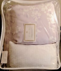 purple and white floral 5 pic bedding