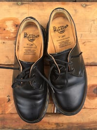 Pair of black leather Dr Marten oxfords MADE IN ENGLAND  Phoenix, 85015