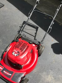 Toro personal pace self-propelled mower works great