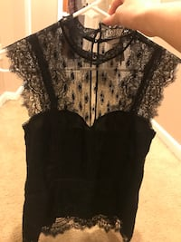 H&M black lace high neck top size 10 New Baltimore, 48047