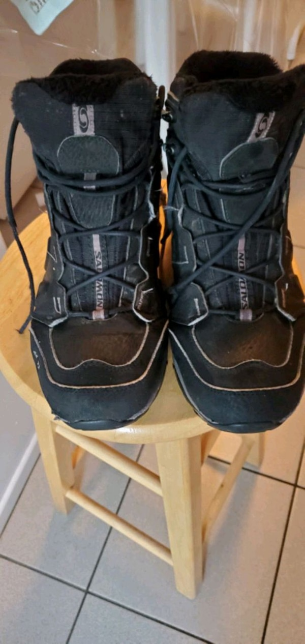 buy good outlet outlet Used Mens 8 salomon contagrip like new for sale in Ottawa - letgo