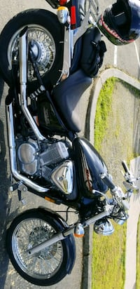 black and gray touring motorcycle Joint Base Lewis-McChord, 98433