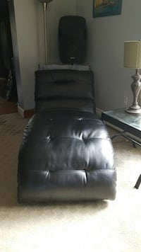 Black leather chaise  Centreville