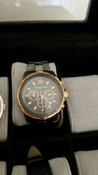 round gold chronograph watch with link bracelet Vaughan, L0J