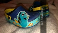 blue and yellow Nike basketball shoes Winchester, 22601