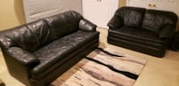 Leather couch Leesburg