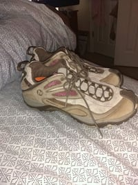 Merrell shoes size 8.5 Norman, 73069