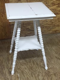 Antique farmhouse side table North Augusta, 29860