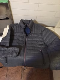 TOMMY HILFIGER DOWN FILLED JACKET - BRAND NEW Coquitlam, V3J 4C3
