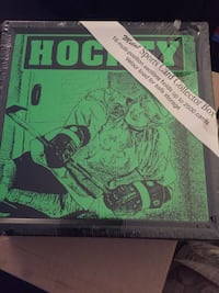 Hockey collecter tins w/cards!!! Richmond Hill, L4S 1R6