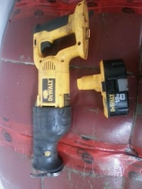 18 volt Sawzall two batteries and charger Surrey, V3V 2N5
