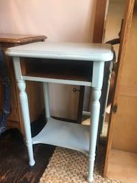 Antiqued Entry Table
