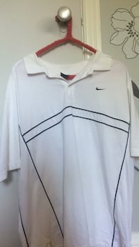 white and black Nike polo shirt Montréal, H3W 2W9
