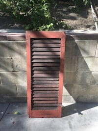 Wooden Shutter- Red Los Angeles, 91364