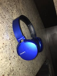 Sony Extra Bass Wireless Headphones Vaughan, L4H 0V7