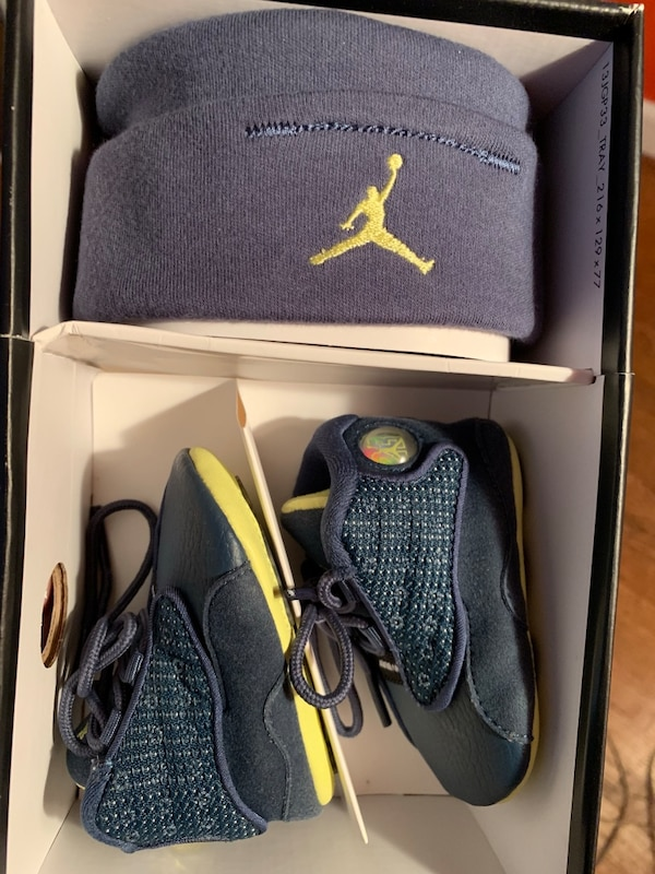 pretty nice 1a0a3 bfc7d Infant Nike Air Jordan Retro 13 Baby Hat & Shoes Set In Size 1