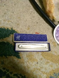 Vintage mother of pearl pocket knife  Vienna, 22181