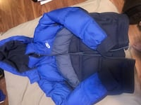 Nike blue puffer jacket  Vancouver, V5P 4S3