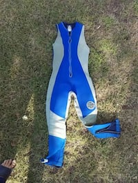 Wetsuit for those cool days Georgina, L0E