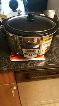 Slow cooker  Arlington, 22201