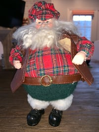 7 inch Santa with vest and hat Mc Lean, 22101