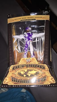 "WWE DEFINING MOMENTS ""Macho Man"" Randy Savage Wrestlemania VII action figure  Toronto, M9L 2E6"