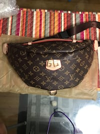 monogrammed black and brown Louis Vuitton leather handbag Edmonton, T6K
