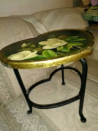 brown and green wooden table London, N6K 2H1