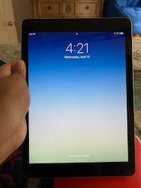 Unlocked iPad 5th Generation Fredericksburg, 22406